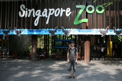 Brian in front of the Singapore Zoo